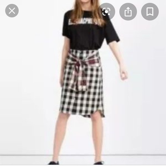 Flannel Zara skirt in red plaid